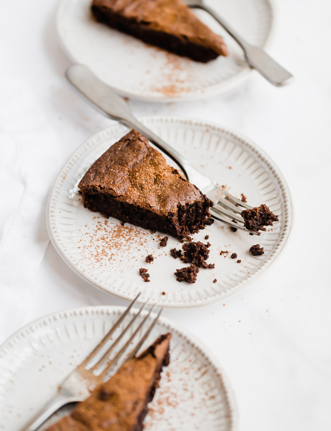 flourless-choclate-almond-cake