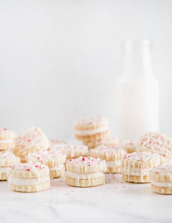 candy-cane-sandwich-cookies
