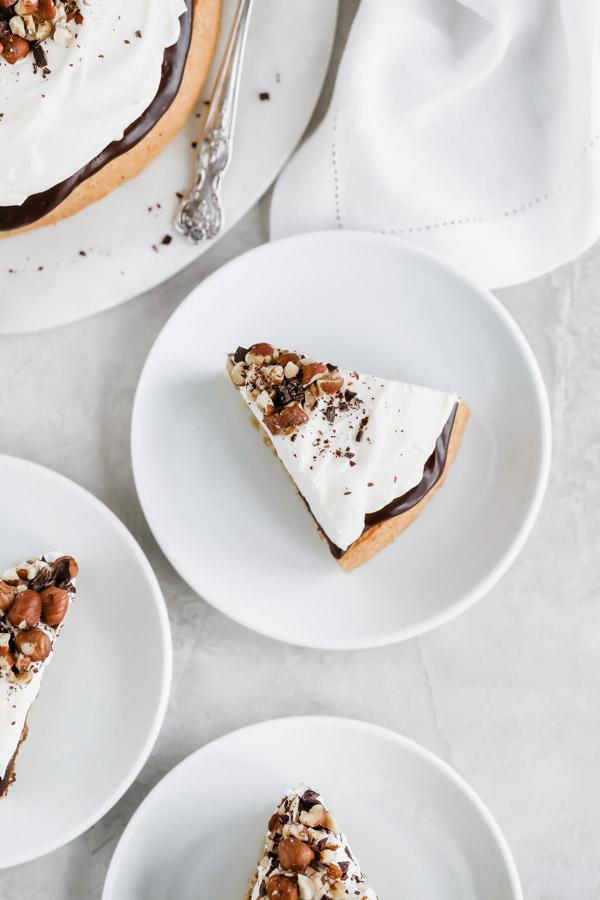 hazelnut-cake-chocolate-ganache