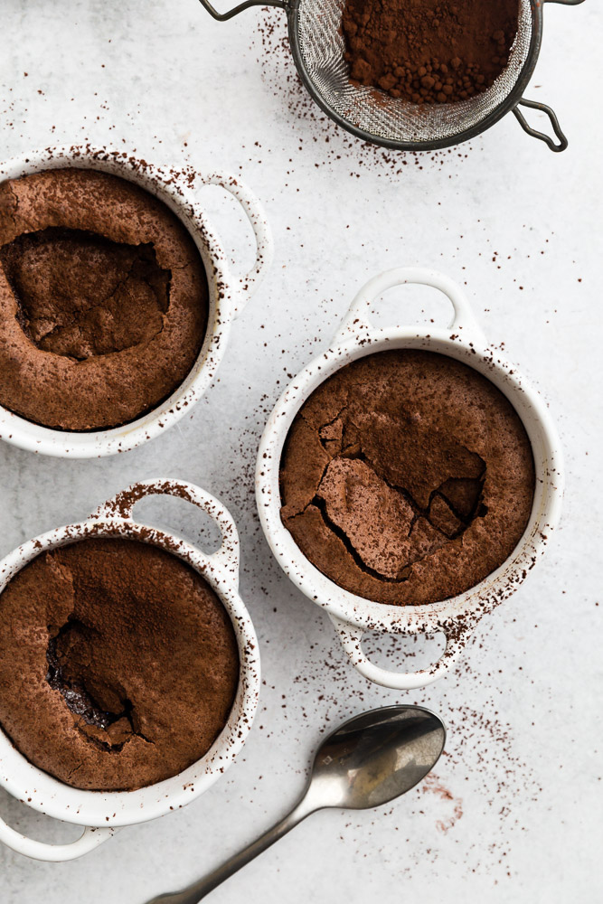 warm-molten-chocolate-cakes