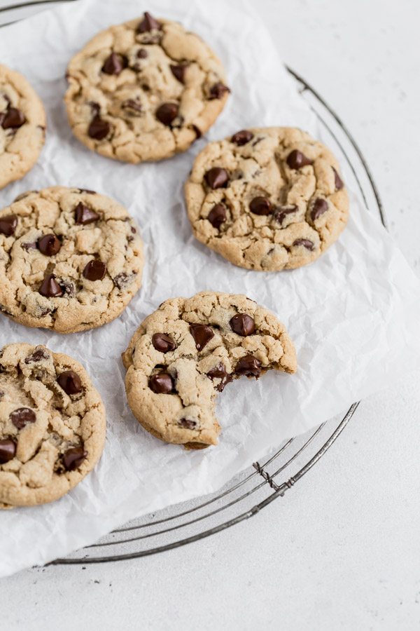tahini-chocolate-chip-cookies